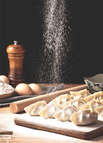 冬至日 Winter Solstice Day -長江以北的大部分地區有冬至吃餃子的傳統
